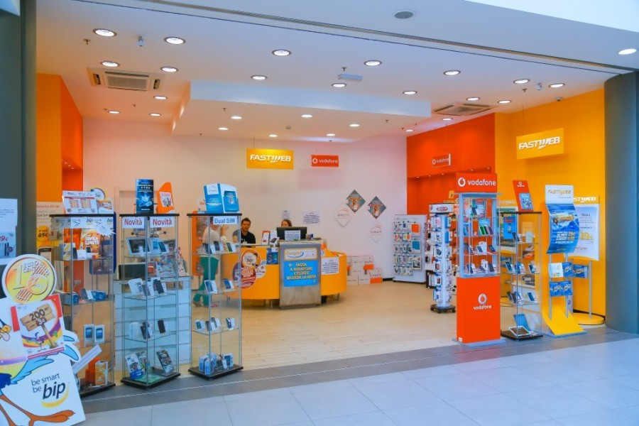 Centro Fastweb Vodafone